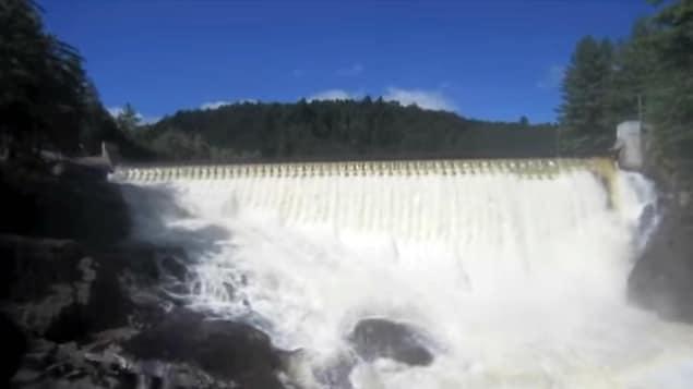 La barrage de la Chute-Bell.