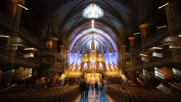 L'intérieur de la basilique Notre-Dame.