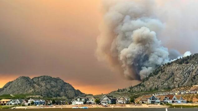 加拿大BC省因林火宣布紧急状态。