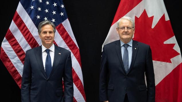Le secrétaire d'État américain Antony Blinken et le ministre canadien des Affaires étrangères Marc Garneau se sont rencontrés en marge du sommet ministériel du Conseil de l'Arctique qui s'est tenu à Reykjavik, en Islande