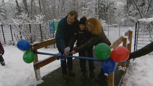 2,3 kilomètres de sentiers ont été inaugurés au boisé du parc des Moulins