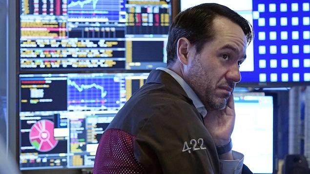 變異病毒 Delta 再度引發投資者對經濟復蘇的擔憂,  導致股市大跌.