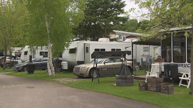Des roulottes de camping au Jardin de mon père
