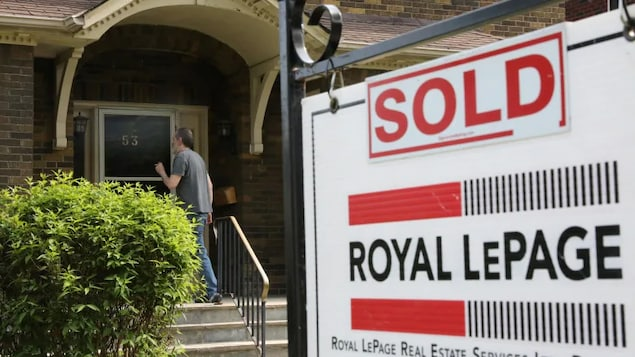 Canada's housing market has been red hot throughout the pandemic, and while the number of sales is starting to slow, so far there hasn't been a sharp pullback in prices.