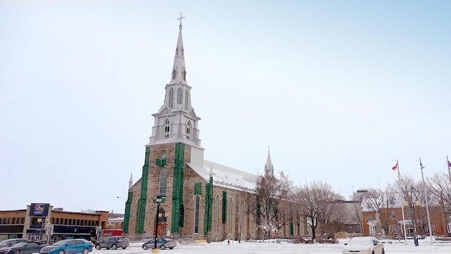 La cathédrade Rimouski en hiver
