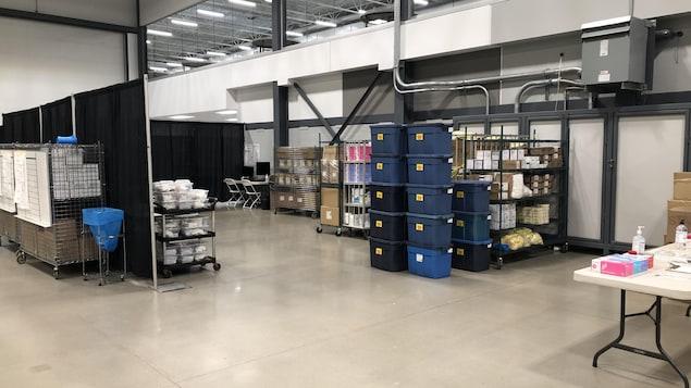 Le centre de vaccination pour la COVID-19 au International Trade Centre de Regina, en Saskatchewan.