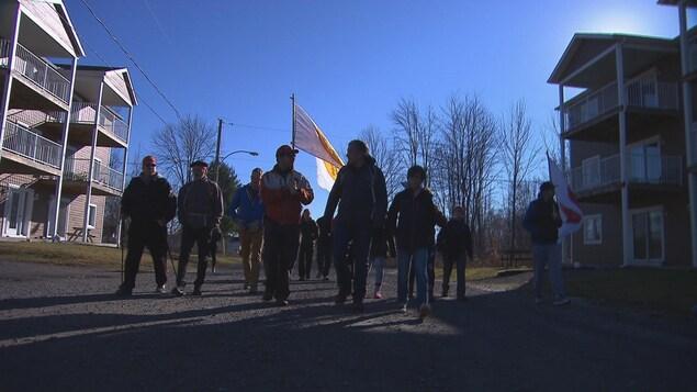 La marche organisée par Dr Stanley Vollant.