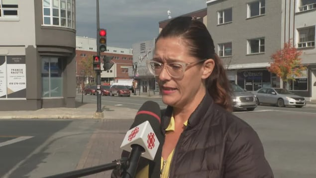 Nurse Chantale Hébert, who works in a longterm care residence in Rouyn-Noranda, Que., told CBC News she feels nurses are being 'bullied' into getting the COVID-19 vaccine.