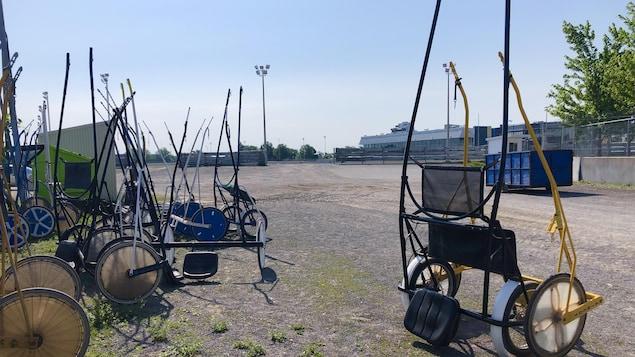 Chariots de conducteurs de chevaux.