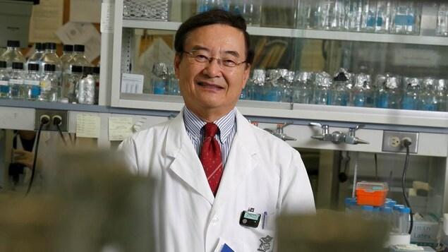 Portrait de Chil-Yong Kang dans son loboratoire.