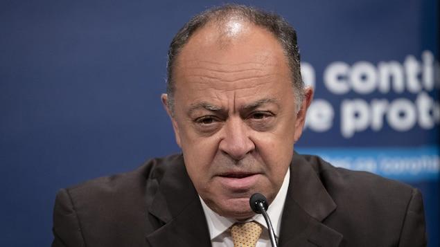 Le ministre de la Santé du Québec, Christian Dubé, en conférence de presse.