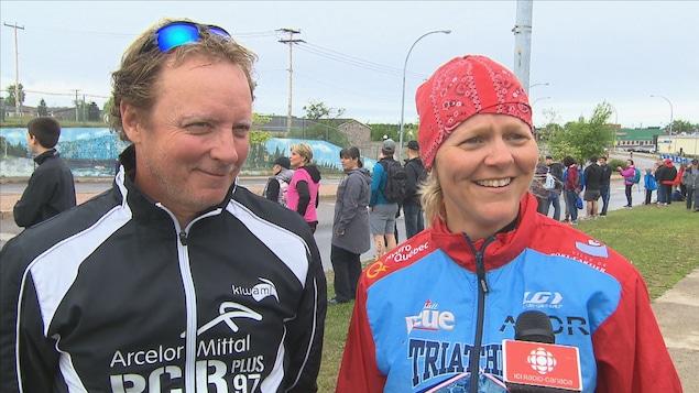 Christian Lepage et Murielle Pitre en tenue de sport