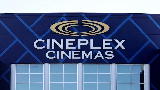 Le logo Cineplex apparaît à l'extérieur d'un complexe de la région d'Ottawa.