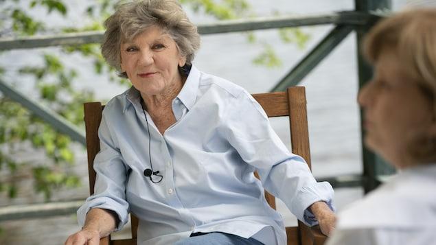 Clémence DesRochers en entrevue avec Anne-Marie Dussault en juin 2020 à Austin en Estrie.
