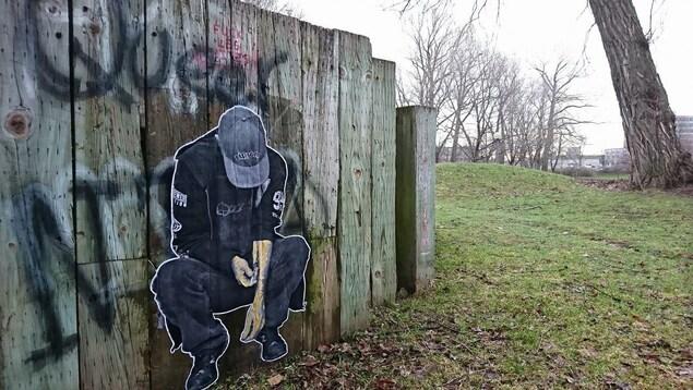 Intervention artistique de l'artiste Wartin Pantois au Parc Victoria.