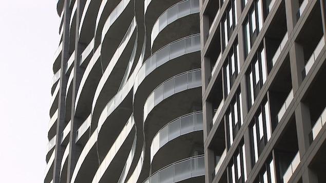 Tours de condominiums au centre-ville de Montréal