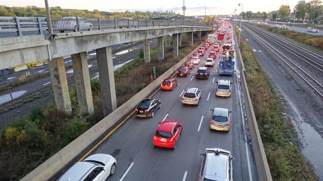 Congestion à l'approche de l'échangeur Turcot sur la 20 est.