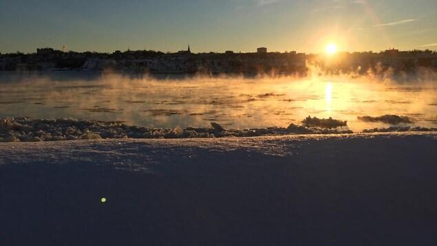 Hydro-Québec espère que les Québécois réduiront leur consommation d'électricité aujourd'hui.