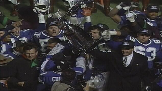 Les Stallions de Baltimore sont la seule équipe américaine à avoir soulevé la Coupe Grey dans l'histoire de la Ligue canadienne de football.