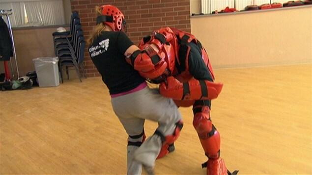Un cours d'autodefense