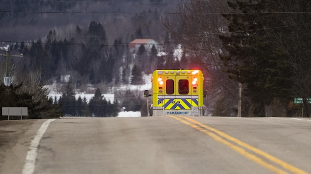 Une ambulance sur les routes de Lanaudière.