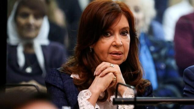 L'ancienne présidente dans une salle d'audience à Buenos Aires le 21 mai avant le début de son procès pour corruption.