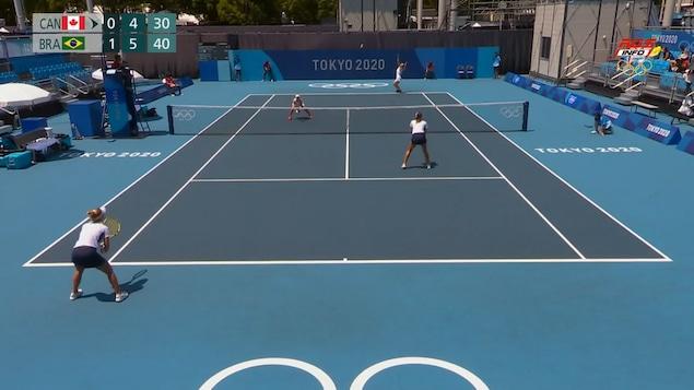 Le duo Dabrowski-fichman s'incline au premier tour du tournoi olympique de double.