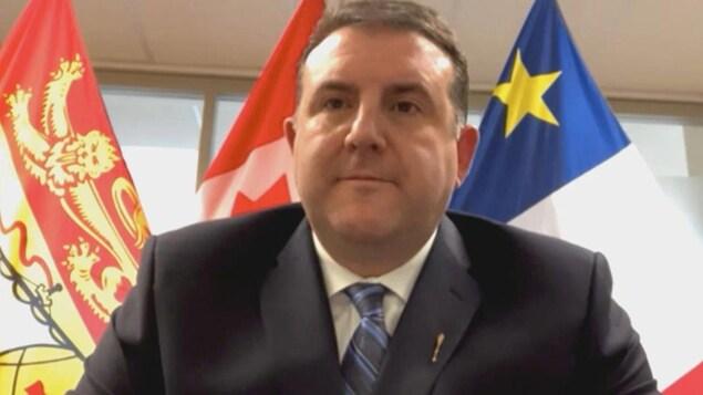 Daniel Allain en entrevue par webcam.