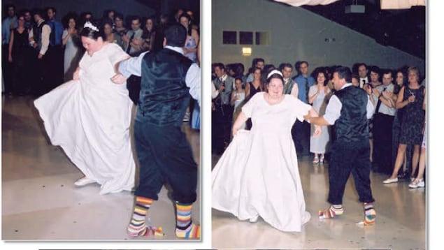 Denis Moncion et Lynn Gagnon-Moncion dansent dans un mariage.