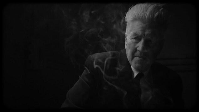 Extrait du film montrant David Lynch en noir et blanc