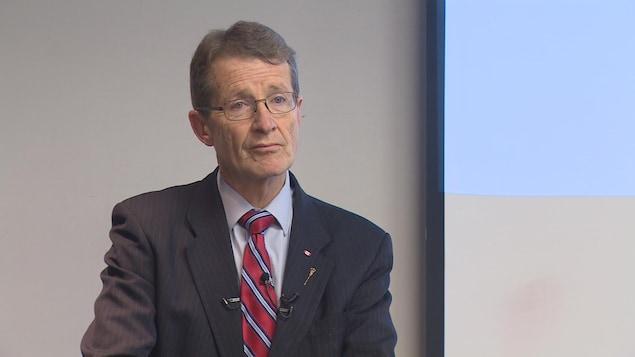 David Swann, le chef du Parti libéral de l'Alberta