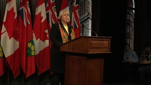 Photo de la ministre de l'Enseignement supérieur et de la Formation professionnelle, Deb Matthews.