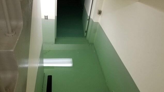 De l'eau dans les escaliers