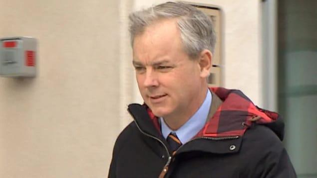Dennis Oland subit un deuxième procès pour le meurtre non prémédité de son père, le multimillionnaire Richard Oland.