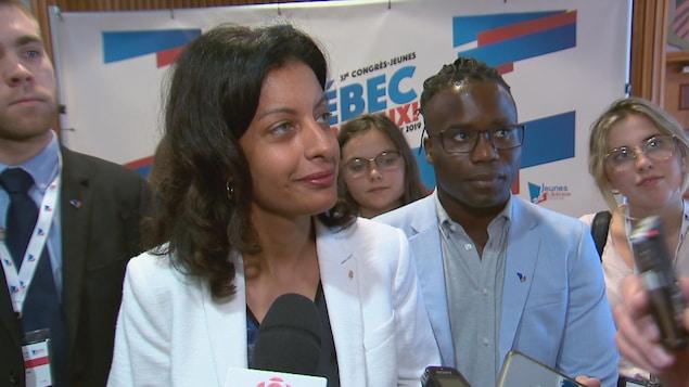 Dominique Anglade en point de presse lors du congrès 2019 de la Commission-Jeunesse du Parti libéral du Québec