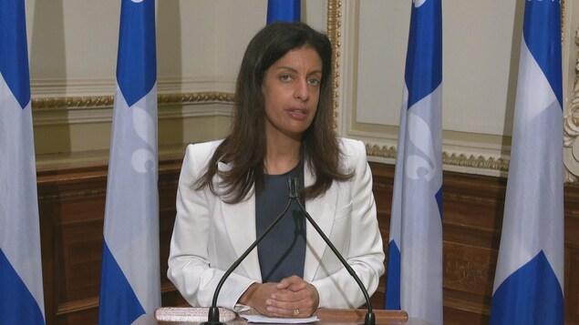 Dominique Anglade en conférence de presse.