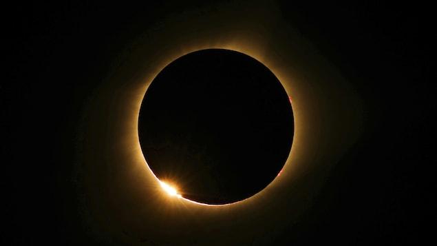 L'éclipse totale de Soleil observée au Missouri.