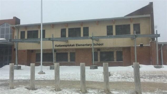 L'école Kattawapiskat a ouvert ses portes en 2014.
