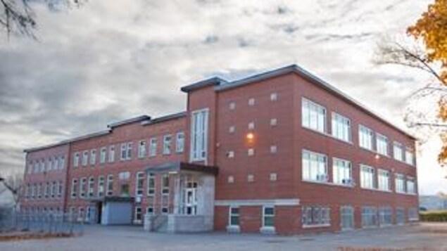 Le pavillon Marguerite-Bourgeois de l'École primaire Les Pionniers de Saint-Augustin-de-Desmaures.