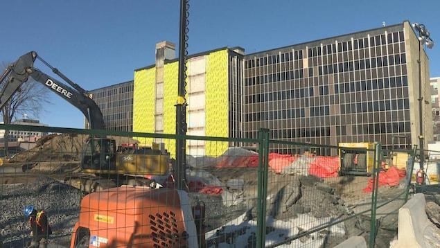 Le chantier de construction d'un palais de justice à Fredericton.