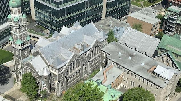 Une vue générale de l'église Saint-Coeur-de-Marie le 25 juin 2019, la veille de sa démolition.