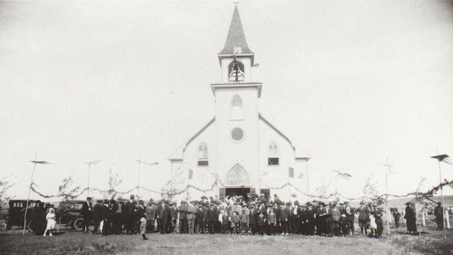 La consécration des cloches de l'église de St-Victor en juin 1920.