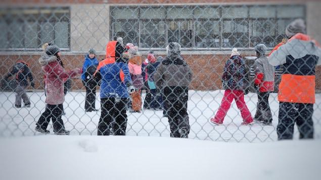 Québec pressé d'empêcher l'intrusion des variants dans les écoles | Coronavirus - Radio-Canada.ca