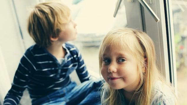 Deux enfants.
