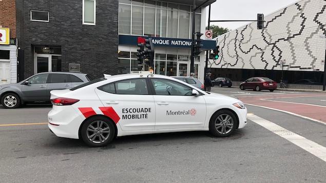 Une voiture de l'escouade mobilité de la Ville de Montréal