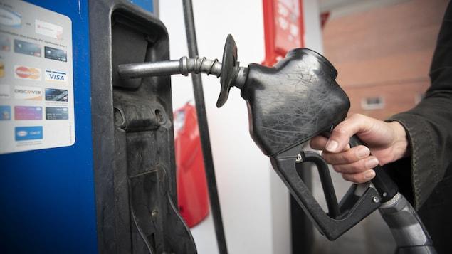 2021年加拿大的汽油價格大幅回升。