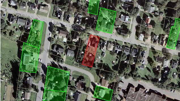 Photographie aérienne d'un quartier urbain