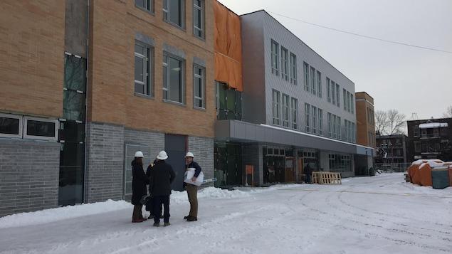 Vue extérieure de l'école Baril