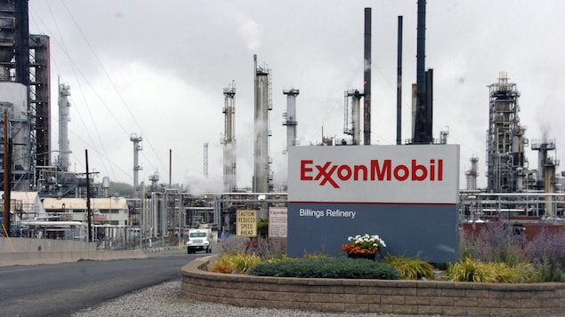 Entrée d'une raffinerie d'ExxonMobil à Billings dans l'État du Montana