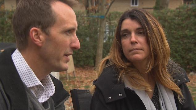 Geneviève Barry et Éric Rodrigue, une famille d'accueil de Sherbrooke.
